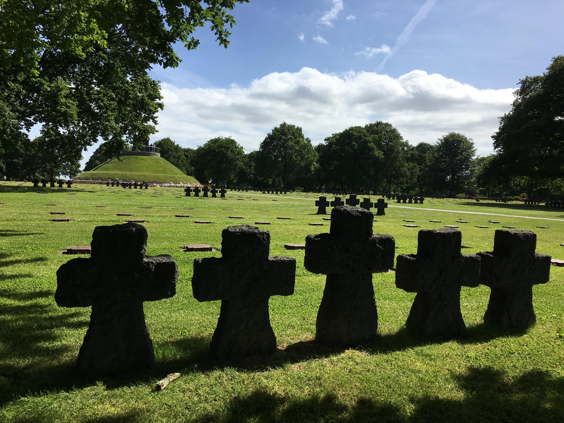 Normandie Landungsstrände Deutscher Soldatenfriedhof