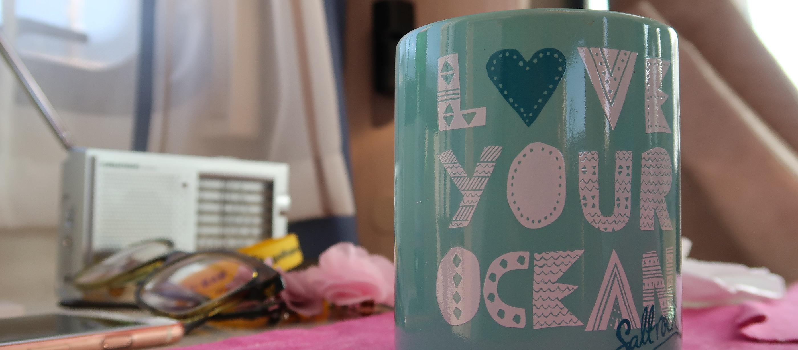 Kaffeetasse im Wohnmobile Love your Ocean