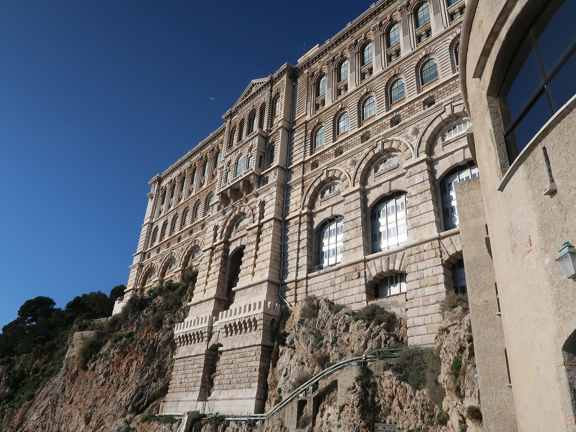 Rückseite Ozeanographisches Museum Monaco