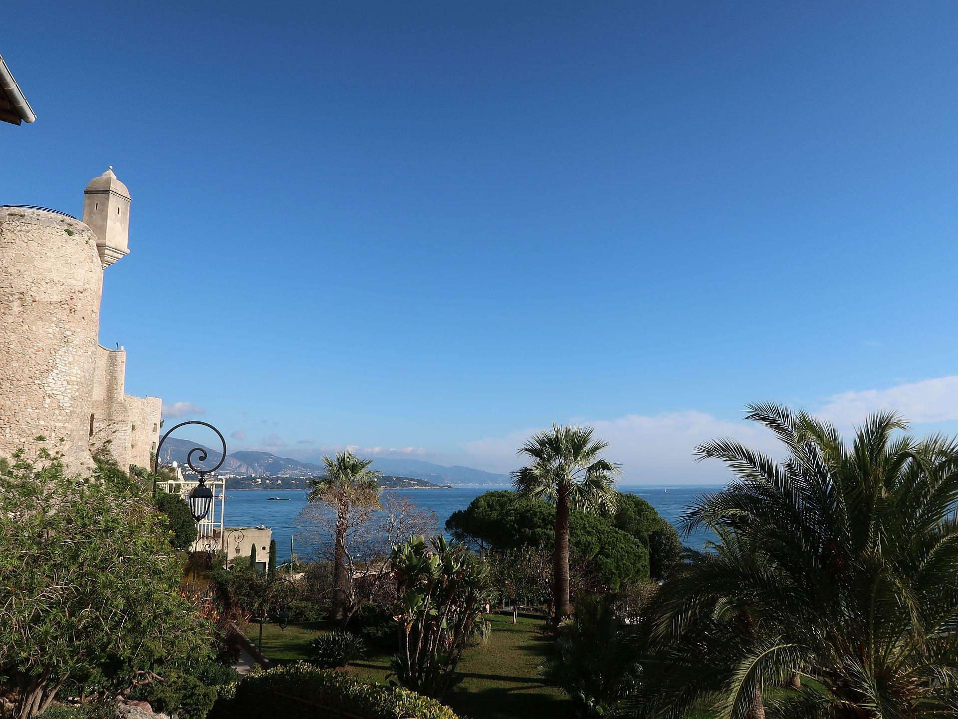 Park unterhalb der Altstadt von Monte Carlo